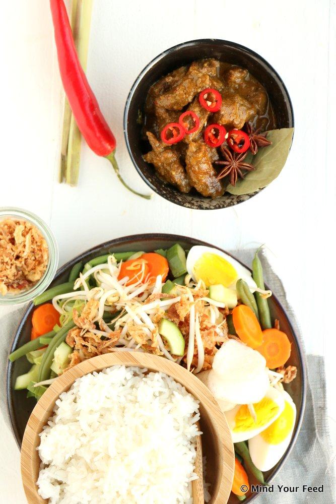 Indonesisch stoofvlees, Oosters stoofvlees, rendang, Indonesische rendang, zelf rendang maken, rendang recept, rendang recept zonder zakje,