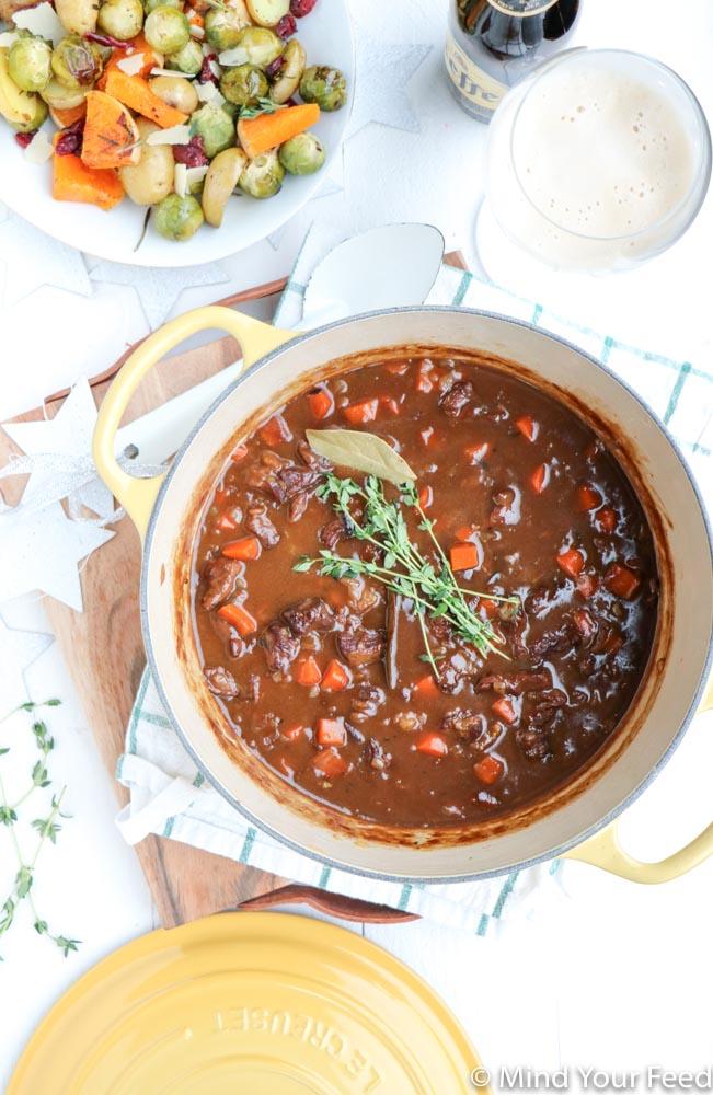 stoofpot met rundvlees, stoofvlees rund met bier, stoofvlees met bier, stoofvlees recepten, zelf stoofvlees maken, stoofpot met bier