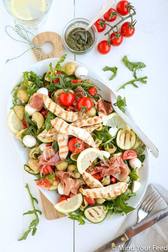 pasta pesto salade