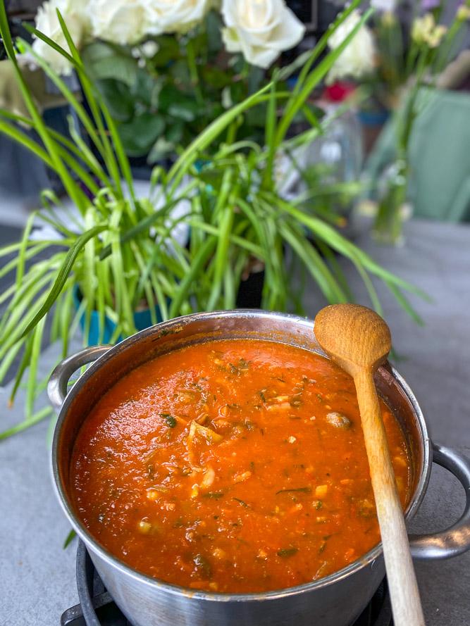 tomatensoep, tomatensoep recept, zelf tomatensoep maken, tomatensoep verse tomaten, verse tomatensoep, tomatensoep basis recept, zelf tomatensoep maken van verse tomaten