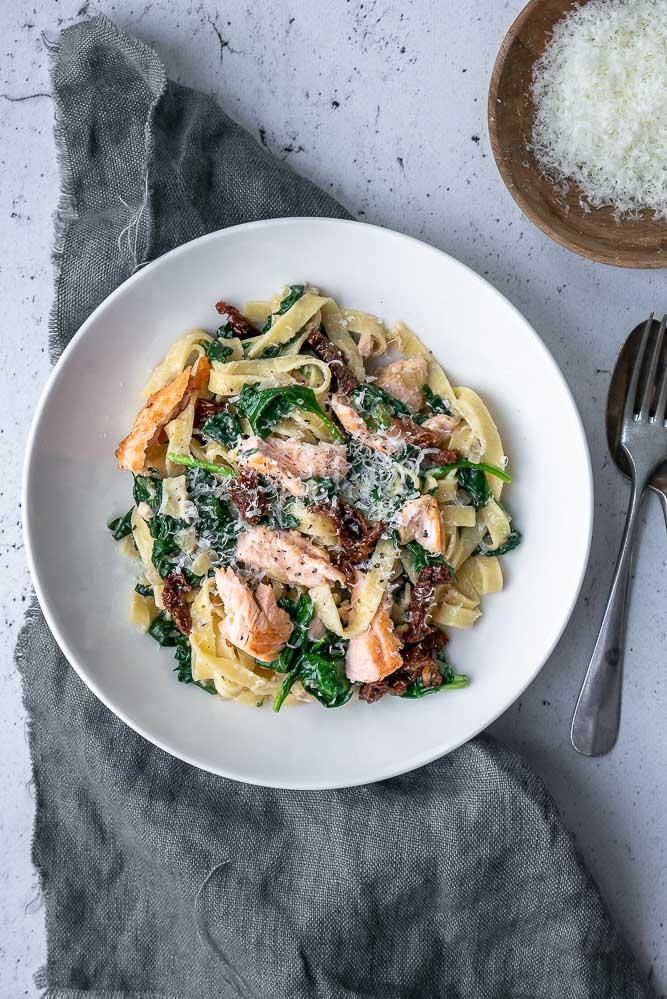 tagliatelle met spinazie en zalm