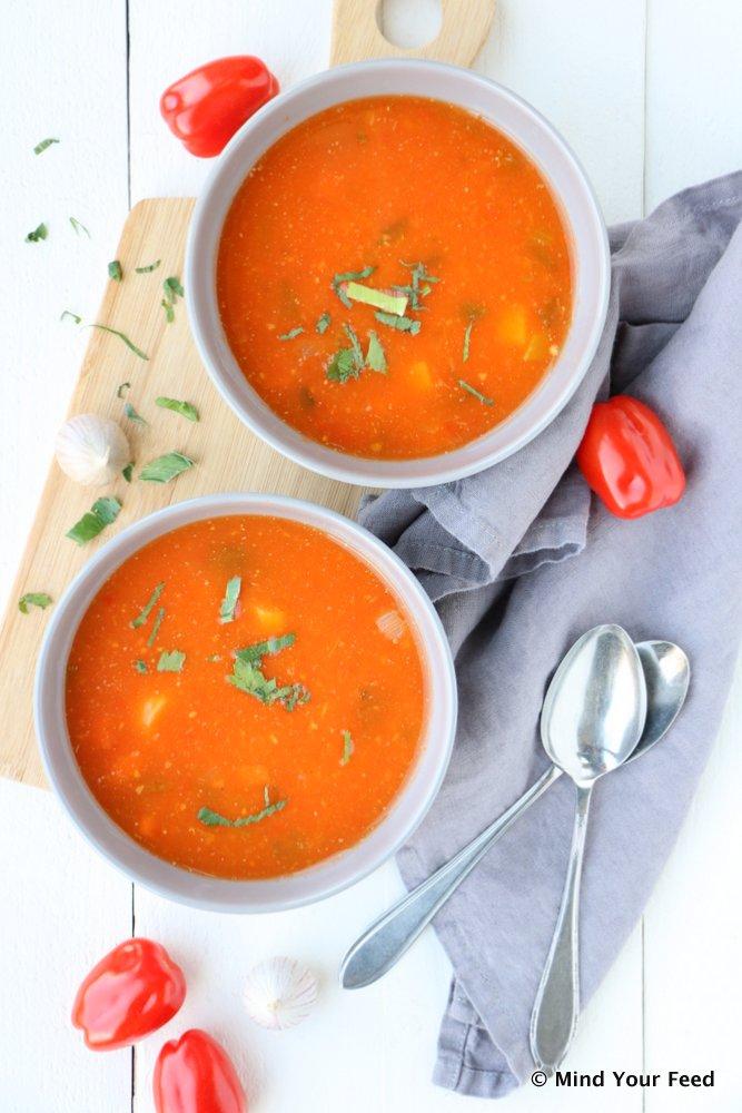 tomatensoep, tomatensoep recept, zelf tomatensoep maken, tomatensoep verse tomaten, verse tomatensoep, tomatensoep basis recept