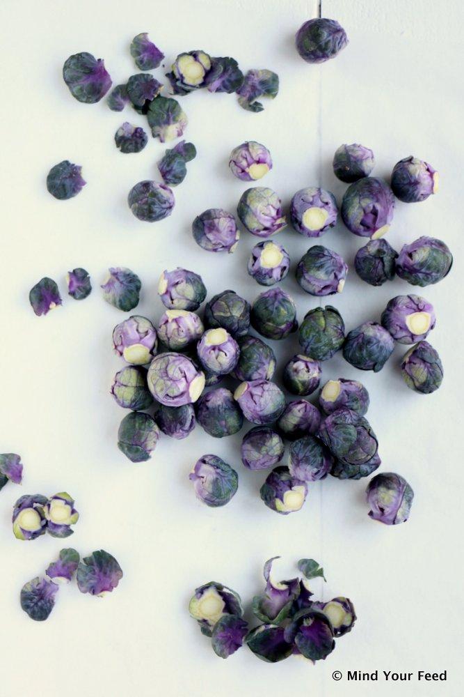 geroosterde paarse spruiten