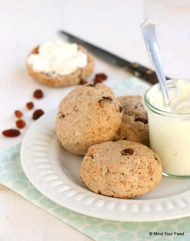 spelt scones met rozijnen