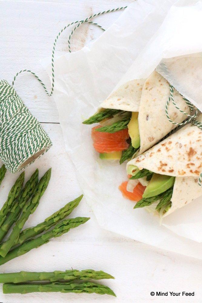 wrap met groene asperges